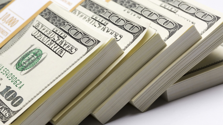 Fiul unui miliardar oferă o recompensă de 50.000 de dolari celui care va afla de ce a murit tatăl său