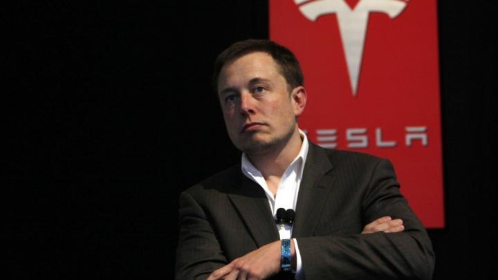 Compania Tesla a devenit cel mai valoros producător de maşini din Statele Unite