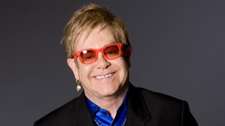 Elton John și-a anulat mai multe concerte din cauza unei infecții severe