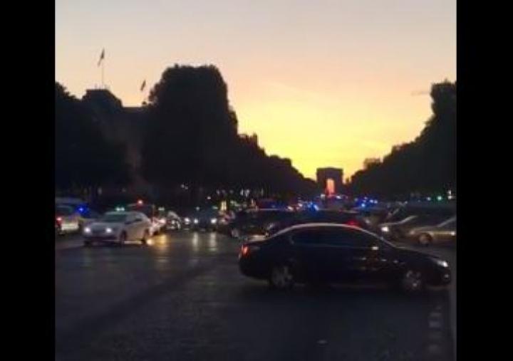 FOCURI DE ARMĂ la Paris, pe bulevardul Champs-Elysees. Un polițist a fost UCIS, iar altul - rănit (FOTO)