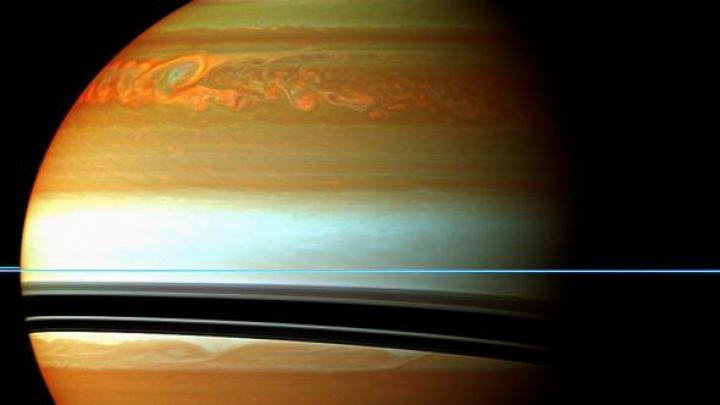 NASA: Unul dintre sateliții planetei Saturn ar putea să întrețină forme de viață extraterestră