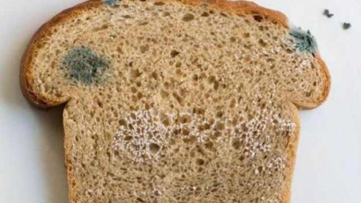 Trebuie să ştii! De ce nu e bine să mănânci pâine mai veche