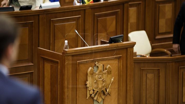 ŞEDINŢĂ SPECIALĂ la Parlament. Candu: Vom revota proiectele de legi respinse de preşedintele Dodon