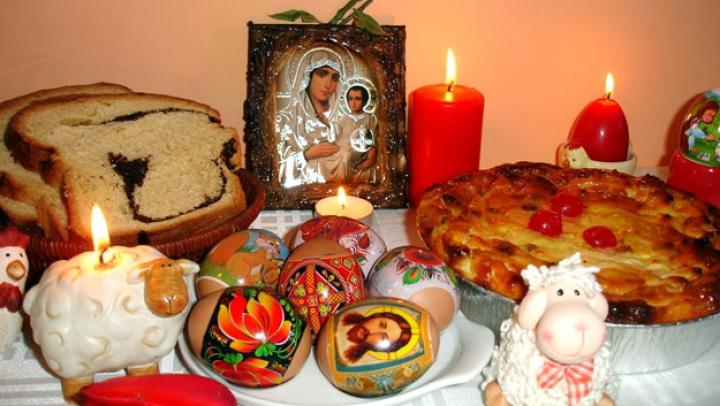 Pregătiri de Paşti. Ce bucate nu trebuie să lipsească de pe masa de sărbătoare