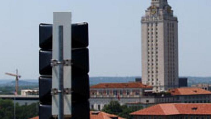 Un hacker a declanşat toate sirenele de urgenţă din Dallas. Ce spun autorităţile şi experţii