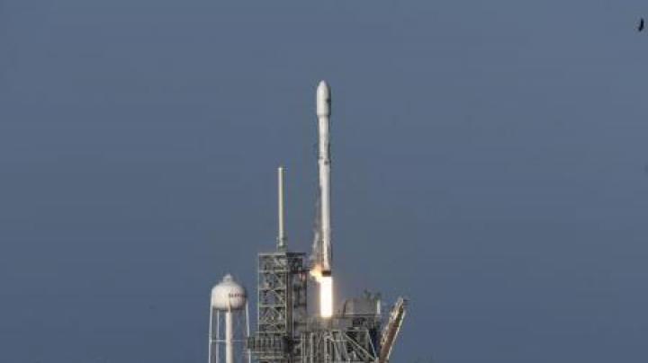 """SpaceX amână lansarea în spațiu a primei sale încărcături clasificate """"secret de apărare"""""""