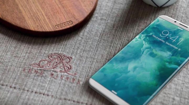 Apple ar putea lansa trei iPhone-uri în această toamnă