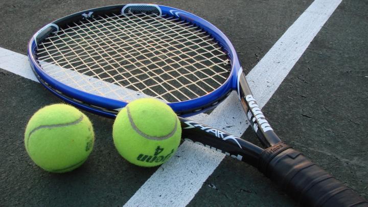 Maria Șarapova a revenit cu victorie în circuitul profesionist de tenis feminin