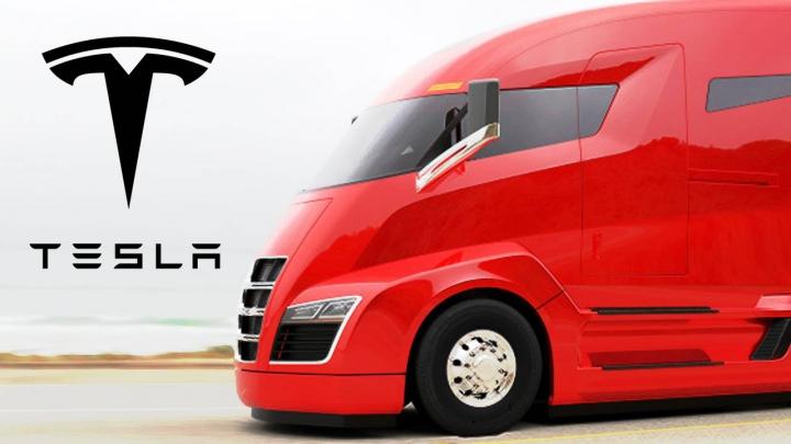 Elon Musk are planuri mari! Când este preconizată lansarea primului camion electric Tesla