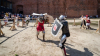 Evul mediu a renăscut în Spania. Cavalerii moldoveni s-au avântat în luptă, purtând steagul lui Ştefan cel Mare