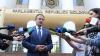 Ziua Libertății Presei. Andrian Candu, la discuţie cu jurnaliştii care protestau în faţa Parlamentului (FOTO/VIDEO)