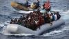 ŞOCANT! O femeie a NĂSCUT într-o barcă pneumatică în mijlocul mării aflânduse alături de 1.100 de migranți