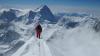 A încercat să escaladeze Everestul şi va trebui să plătească o amendă de 22.000 de dolari. Care e MOTIVUL