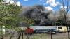 Un avion s-a prăbuşit în SUA! În urma incidentului, două clădiri au luat foc