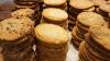 BREXITUL REDUCE BISCUŢII. Devalorizarea lirei scumpeşte ingredientele folosite