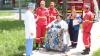 Are 49 de ani şi cântăreşte 320 de kg! O femeie din Şoldăneşti a avut nevoie de ajutorul medicilor (FOTO)