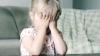 """CAZ ŞOCANT! O fetiţă de trei ani, """"ÎNCHIRIATĂ"""" unui PEDOFIL (VIDEO)"""