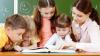 Elevii vor plăti mai puţin pentru cărţi. Cu cât a scăzut chiria manualelor