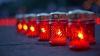Victimele SIDA, comemorate cu lumânări aprinse în Piața Marii Adunări Naționale