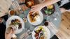 Topul oraşelor turistice în care mâncarea este foarte scumpă