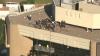 Operațiune SPECTACULOASĂ a pompierilor în SUA: Doi zugravi au rămas blocați pe acoperișul unui zgârie nori (VIDEO)