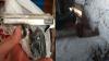 Obiecte interzise, descoperite în casa unui bărbat din Capitală (VIDEO)