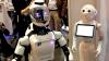 Roboţii care ar putea să înlocuiască oamenii la locul de muncă, vedete la expoziţia Innorobo
