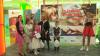 """Zi specială pentru şase familii din ţară, participante la concursul naţional """"Familii diferite, aceeaşi dragoste"""""""