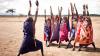 Yoga: Tratament pentru femeile din Rwanda care sunt victime ale violenţelor