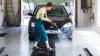 Client NEOBIŞNUIT la o spălătorie auto din Cernăuţi. Trecătorii au fost ŞOCAŢI (VIDEO)