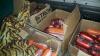Tone de legume fără acte de provenienţă şi produse din carne de porc aduse din Ucraina, confiscate de Serviciul Vamal