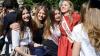 Parada modei: Absolventele din ţară au ales cele mai elegante ţinute pentru ultimul sunet