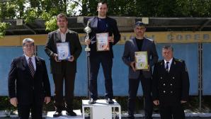 """Zeci de veterani ai Ministerului Afacerilor Interne s-au adunat pentru prima dată la competiţia """"Cupa Ministrului la Tir"""""""