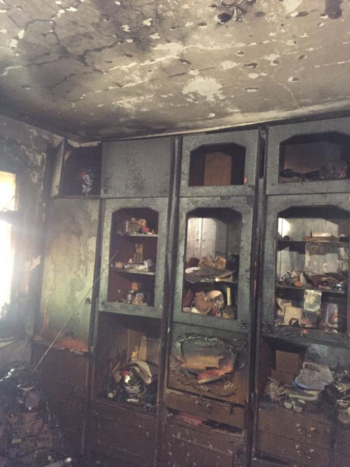 INCENDIU în Capitală: Un apartament din sectorul Botanica, cuprins de flăcări (FOTO)