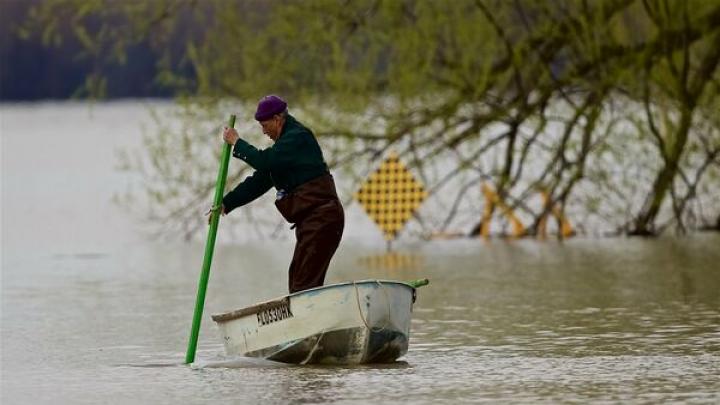Inundații devastatoare în Canada: Peste 3.400 de persoane au fost evacuate în Quebec, Ontario și British Columbia