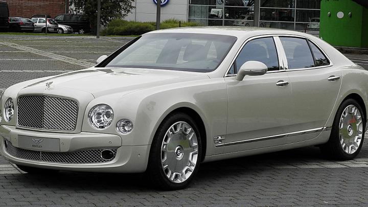 Bentley pentru vegetarieni. Saloanele mașinilor vor fi căptușite cu o piele din proteine, ciuperci și meduze