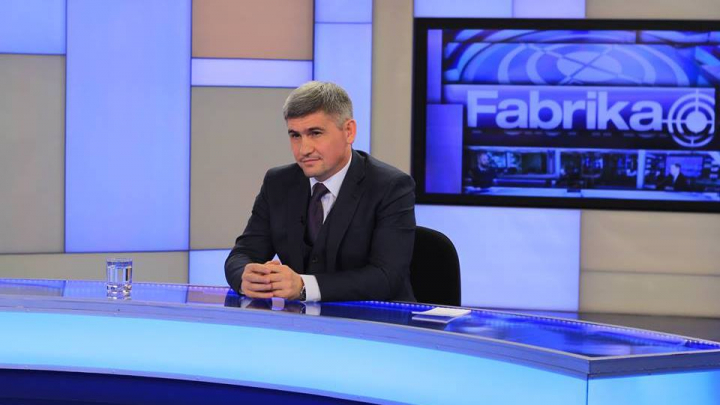 Ministrul Afacerilor Interne, Alexandru Jizdan, vine în această seară la FABRIKA