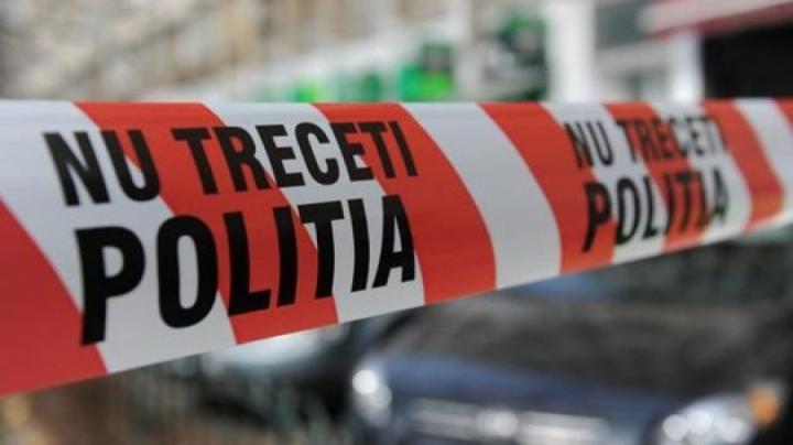 Prahova: O femeie a fost găsită moartă pe stradă, plină de muşcături de animale