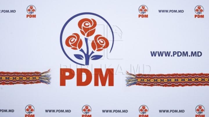 PDM: Opoziţia a compromis azi ideea de societate civilă, după ce a compromis ideea de protest