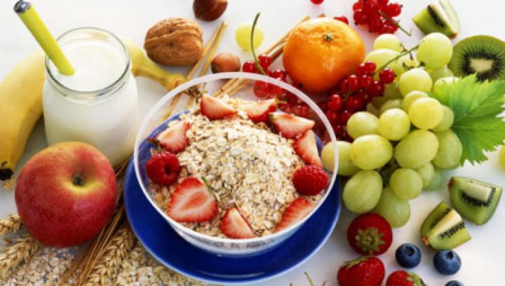 Ce alimente să mănânci ca să nu te mai simţi obosită şi fără energie