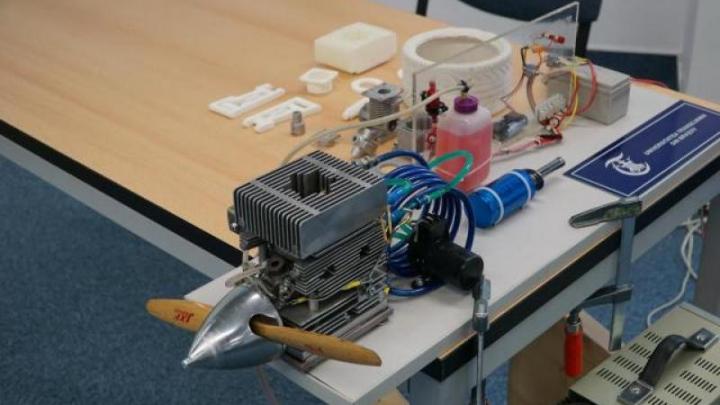 Primul motor de aviație din componente din oţel şi aluminiu, realizat cu imprimantă 3D