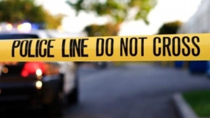 Marea Britanie: Un bărbat, împușcat sub ochii fiului său de doar 3 ani într-o parcare a unui supermarket