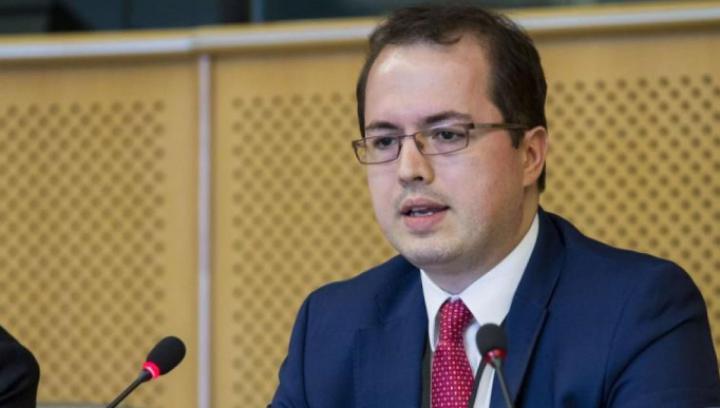 Andi Cristea DĂ ASIGURĂRI că asistenţa financiară din partea UE va ajunge neîntârziat în Moldova