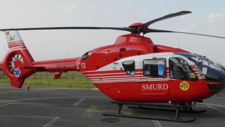 România: Copil de 5 ani, grav rănit în timp ce traversa neregulamentar, a fost luat de un elicopter SMURD
