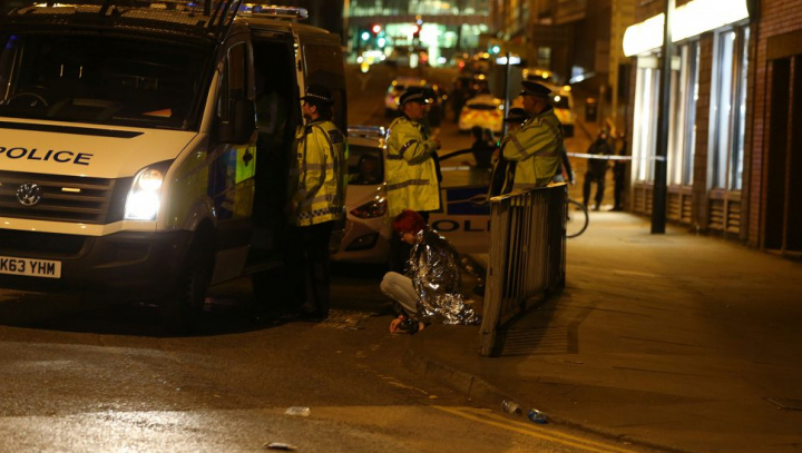 Explozii în Manchester! MĂRTURII ÎNFIORĂTOARE: I-am văzut întinşi pe jos, plini de sânge