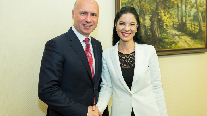 Premierul Pavel Filip a avut o întrevedere cu Ministrul delegat pentru Afaceri Europene al României (FOTO)