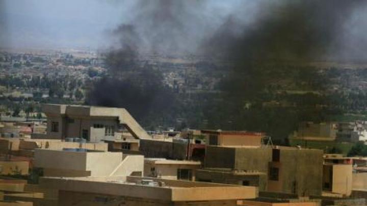 Două atentate sinucigașe au vizat o șosea către exploatările petroliere din sudul Irakului