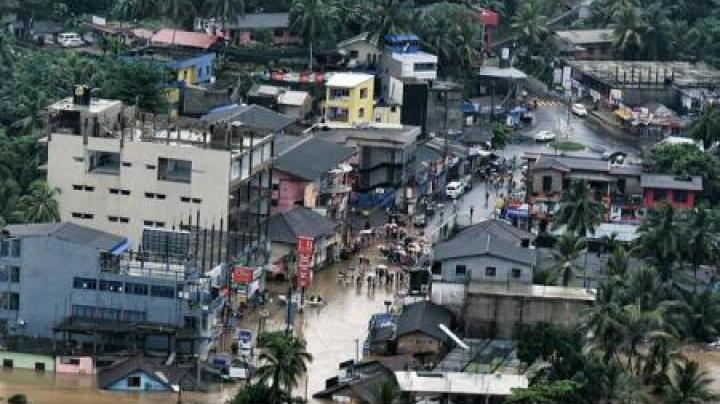 Sri Lanka: Cel puțin 91 de morți în inundațiile și alunecările de teren