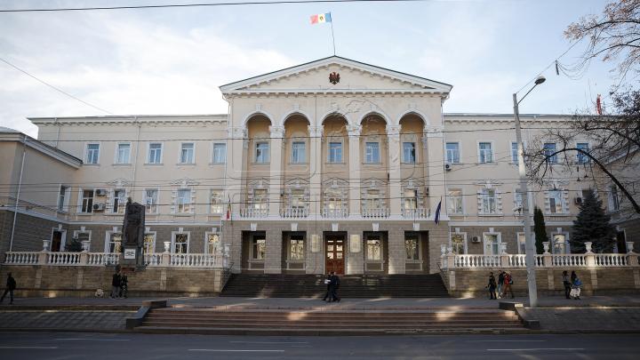 Ministerul Afacerilor Interne va avea o întâlnire cu Alexandru Pînzari, după ce a fost demis ILEGAL de Guvernul Sandu
