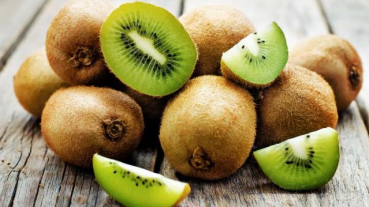 Consumul zilnic de kiwi îţi poate aduce beneficii NEAȘTEPTATE